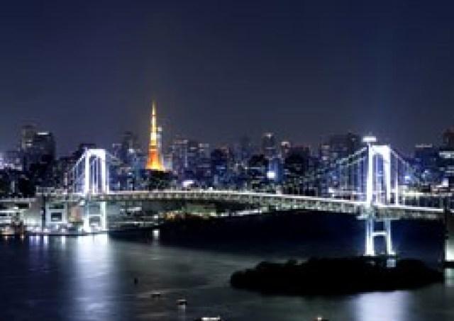 話題の名所を一望! 人気ホテルが「東京ベイの夜景ツアー」に招待