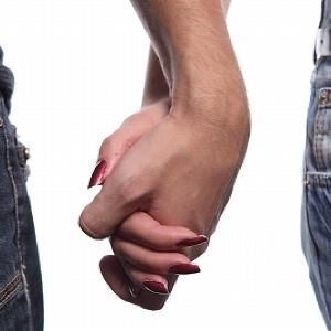 20~40代の独身男女3割が「付き合った経験なし」 原因は「外見64点以上」の高望み?