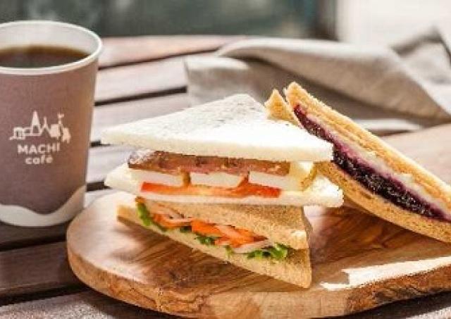 サンドイッチでフルコース体験 前菜、メイン、デザートもひとつでOK