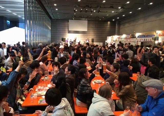 まだ「マーチ」ですけどっ!! 日本最速で開催「秋葉原オクトーバーフェスト」