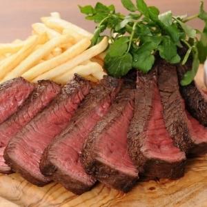 神田駅前に肉バルオープン 牛の希少部位「ランプキャップ」が店名