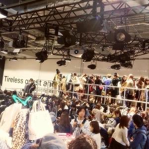 モデル、スタイリストなど40人が出品 お宝アイテム続々の人気フリマイベント