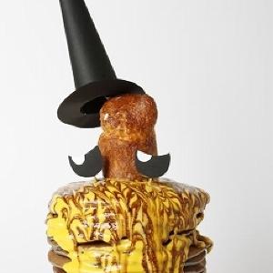 15枚重ねのパンケーキにあ然 六本木ヒルズに迫力満点ハロウィン「モンスターメニュー」襲来!