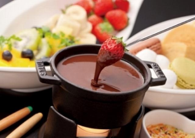 2月の女子会はチョコレートフォンデュにチョコレートカクテルで甘い時間を