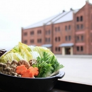 4200通りのあったか鍋を食べ尽くそう 横浜レンガ倉庫に「鍋小屋」開店