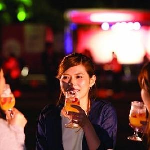 海風を感じながらビールでのんびり 山下公園で「ベルギービールウィークエンド横浜」
