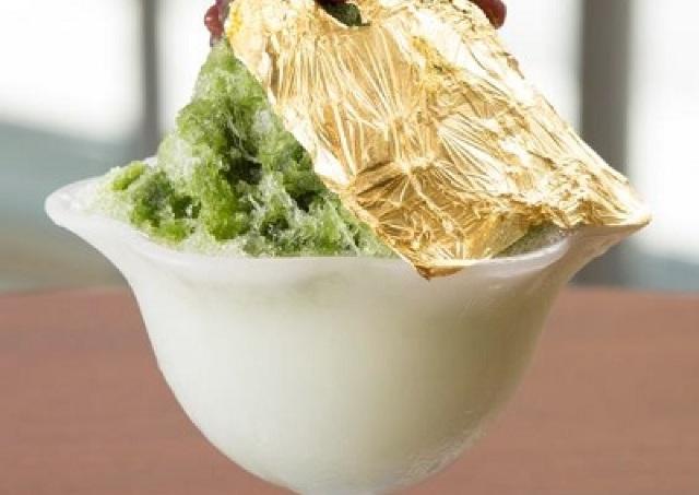 サマージャンボ7億円いただいちゃいます! 金箔がのった「金運アップカキ氷」