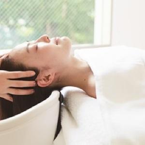 育毛効果も期待!ヘッドスパ界の革命「頭骨膜マッサージ」のスパ、白金台にオープン