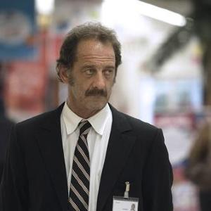 映画「ティエリー・トグルドーの憂鬱」/突然のリストラ 屈辱の耐えながら家族のため職を探す