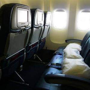 旅好きが選ぶ、上手な「飛行機内での過ごし方」ランキング