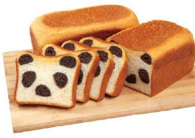 どこで切ってもパンダだらけ かわいすぎる「パンダ食パン」登場