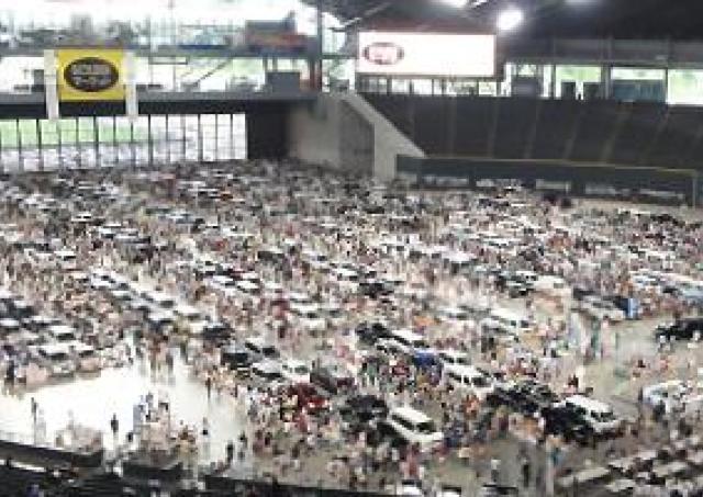 北日本最大級の屋内フリマ、初の冬開催