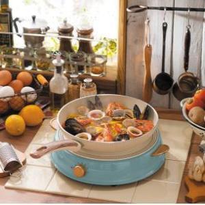 なぜ今までなかった! ホムパに最適、かわいいデザインで統一した卓上コンロ&鍋