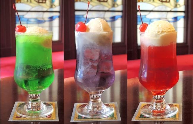 大正時代の流行色3色をつかったレトロなクリームソーダ