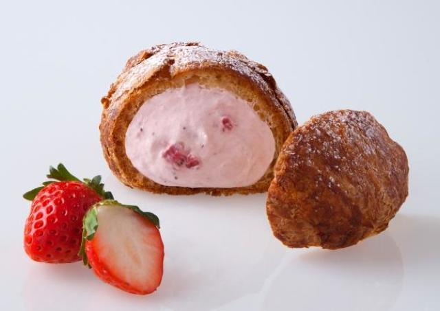 1月だけのごほうび! 甘酸っぱいイチゴとサクサク生地の「クリスピーシュー ストロベリー」