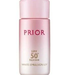 朝、化粧水の後これ1本! 一瞬で美肌演出へ「おしろい美白乳液」