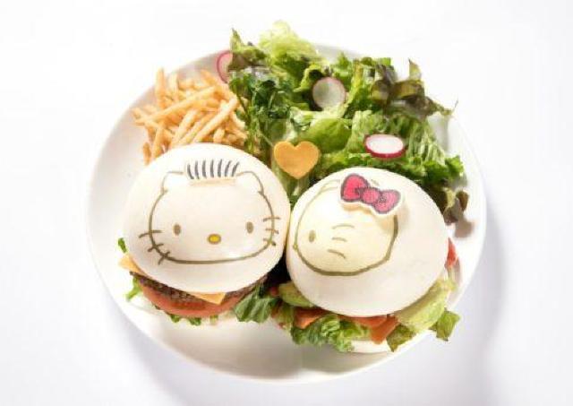 「LOVE」がテーマ ハローキティカフェが大阪・心斎橋に初登場