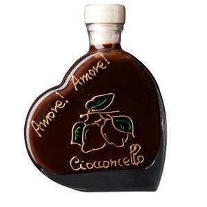 ハート型ボトルがおしゃれ! チョコレート×レモンのお酒で大人のバレンタイン