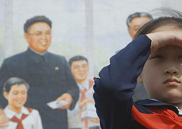 映画「太陽の下で 真実の北朝鮮」/許可に2年、撮影に1年 やらせ演出の裏まで見せるドキュメンタリー