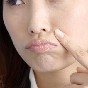 「たるみ毛穴」を夏までに解消! エイジング美容研究家オススメの美容法3つ