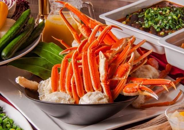 ズワイガニ食べ放題が1500円 2月の週末は銀座で贅沢なランチブッフェ