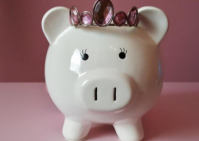結婚相手に「へそくり」隠していた人44% 中には「1000万円以上」も!