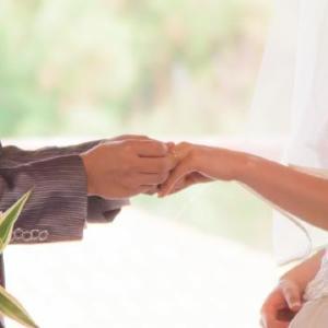 交際ゼロ日の「いきなり婚」アリは43.5% 様々な「○○婚」、どう思う?