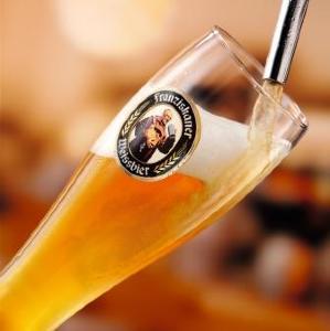 プレミアムビール飲み放題付きプラン5000円→2000円に 日曜日もこの値段!