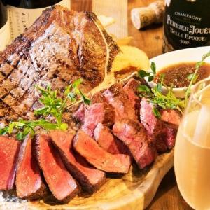 塊肉の炭火焼きメニューがドドンと半額! 神田の肉バル2周年祭がアツい