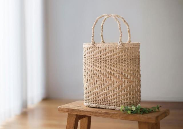 天然素材「籐」の魅力を知る 小物・バッグを自作できるマガジンシリーズ誕生