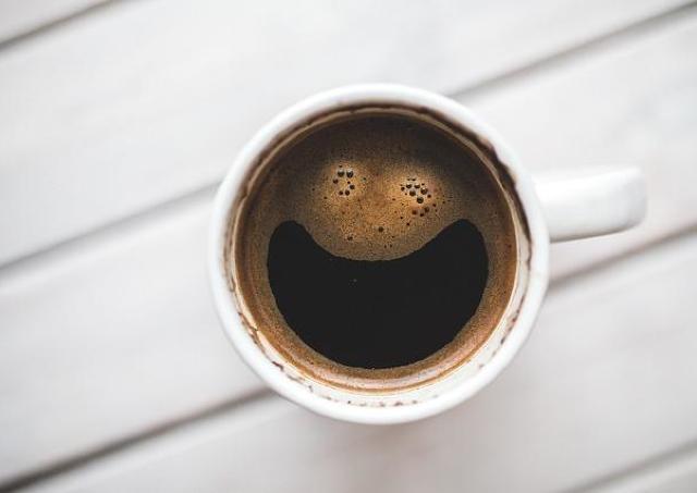 スタバだけじゃない!「おかわりコーヒー」がお得なチェーン店