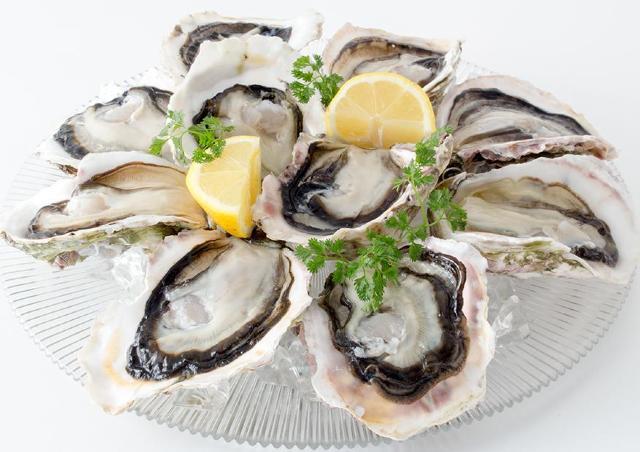 旬の真牡蠣が全品半額! ゼネラル・オイスターが「生カキ半額祭」