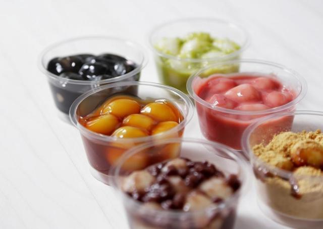 とかち製菓が工場直営カフェオープン! 白玉スイーツ楽しむ「シロマルカフェ」