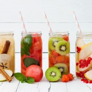 氷結で作る大人のフルーツポンチ! 飲み比べ楽しむ「酒フェス」開催