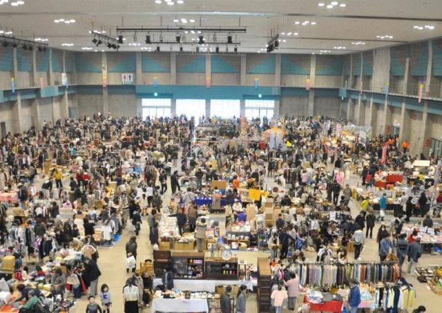 350ブースがズラリ! サンメッセで香川最大級のフリマ開催