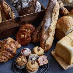 池袋駅直結! パンもスイーツも豊富な大型フードゾーンが誕生