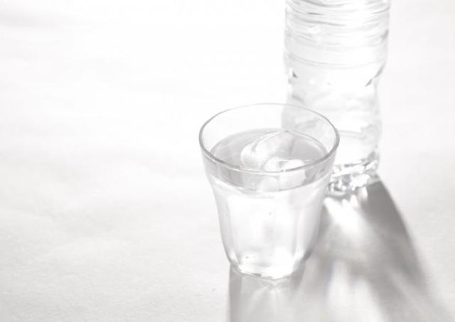 秋も油断できない熱中症! よく見かける「経口補水液」って何がいいの?