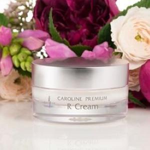 エステティシャンたちの自信作 キャロリーヌから肌の再生力促す新作クリーム