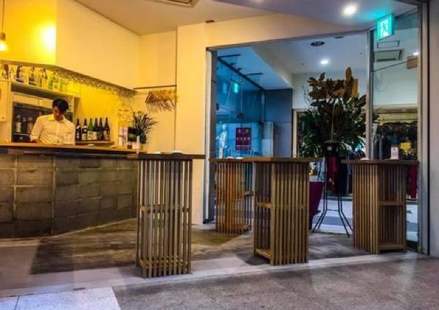 2000円で1時間「きき酒」し放題! 札幌駅前に純米酒専門立ち飲みバー