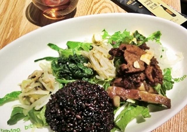カスタム・ビビンバの人気店が赤坂上陸 野菜たっぷり「Myビビンバ」に挑戦