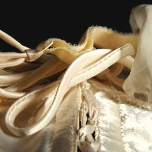 女性約半数が「脱いだら下着チグハグ」 中学時代のパンツ愛用者も...