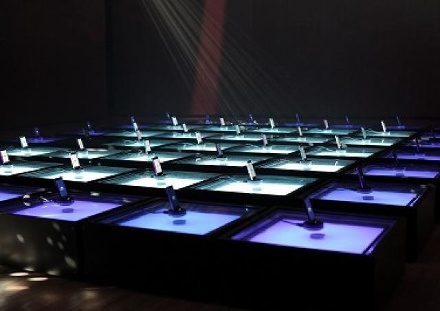 音楽がアートを作り出す 東京ミッドタウンの新感覚イルミネーション