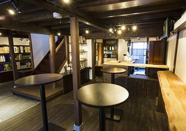 石川の銘酒が100種 日本酒+伝統工芸のコラボ店