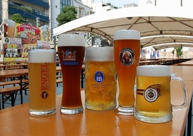 歌舞伎町でオクトバーフェスト 大久保公園で本場ドイツのビール祭り