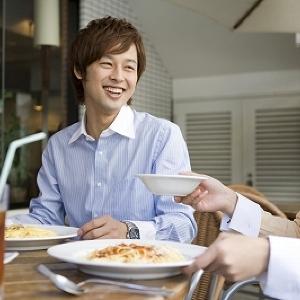 イタリアンレストランで婚活 女性入場料無料の「相席イタリアン」