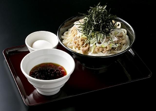 四谷につけ麺スタイルの肉うどん店登場!「うつけ」1号店