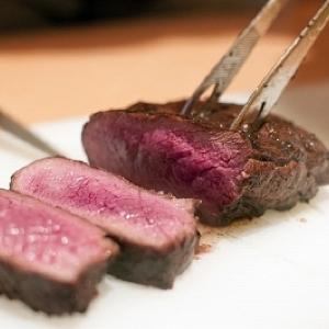 肉の頂上決戦!GW「肉フェス」がやって来る 並んでも食べたい肉グルメ発表
