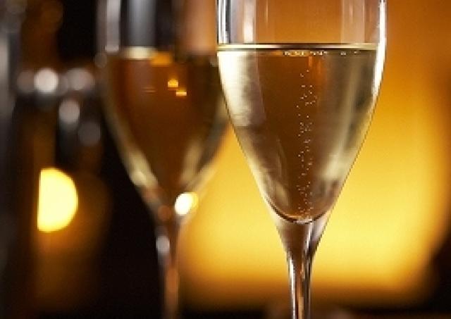 GWに贅沢したっていいじゃない 最高の夜景を見ながらシャンパン飲み放題