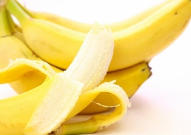 体重2キロ減、便秘改善、肌質UPって本当? 腸の名医が教える「夜バナナダイエット」がなんだかすごそう