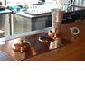 14階「御影蔵」では銅版の酒燗器付きカウンターあります